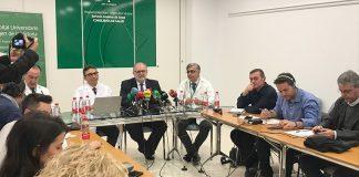 Miguel Ángel Guzmán y José López Miranda han presentado el Plan de Alta Frecuentación por la gripe en Andalucía.