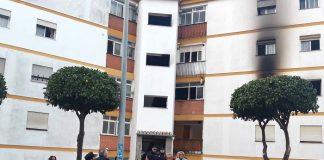 El incendio se ha producido en la calle Velázquez de San Roque.