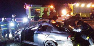 Rescate de una persona atrapada en su vehículo volcado en Cádiz