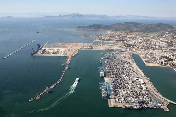 Estudian la situación de un segundo barco en el puerto de Algeciras