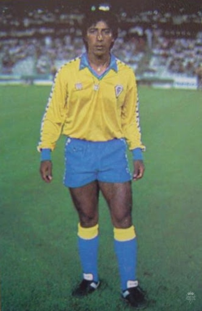 El chileno Arica Hurtado llegó en la 85-86 con la difícil misión de suplir la baja de Mágico González, que había decidido tomarse un año sabático