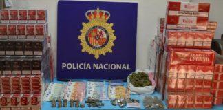 Droga y tabaco de contrabando intervenido en El Puerto.