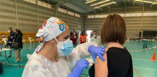 Comienza la vacunación a más de 7.050 profesionales de Educación de la provincia de Cádiz