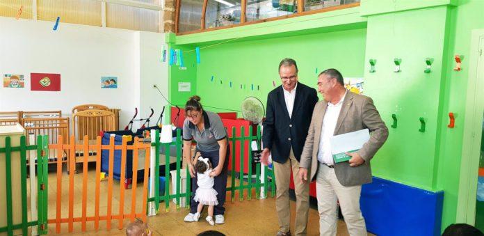 La Junta asegura la continuidad del alumnado de Reyes Católicos en el programa de bilingüismo