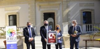 El Cádiz CF entrega los carteles dedicados a Jerez