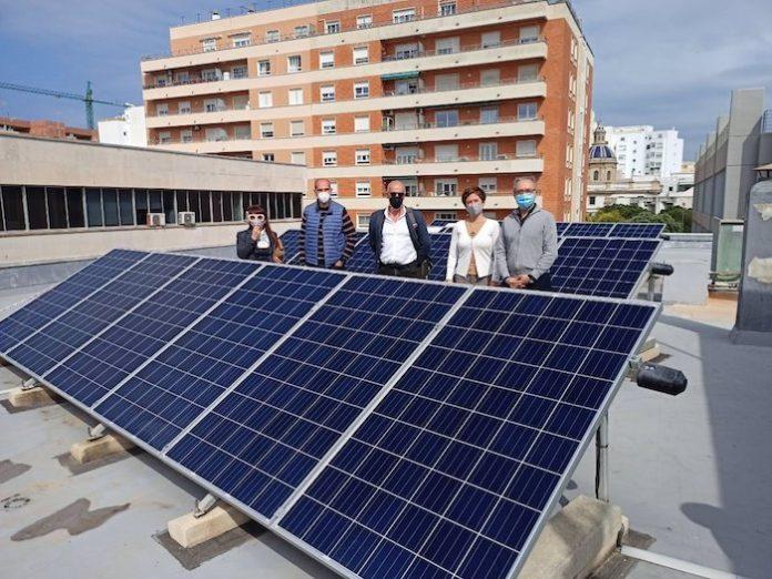 Estudian colocar una planta fotovoltaica de autoconsumo en el Mercado Central